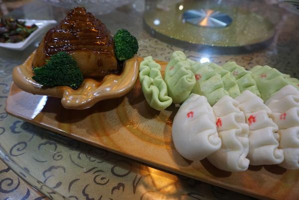 精致邮轮的颖明美味,尽在东渡国际国语中心俘虏美食海鲜版的剧场图片