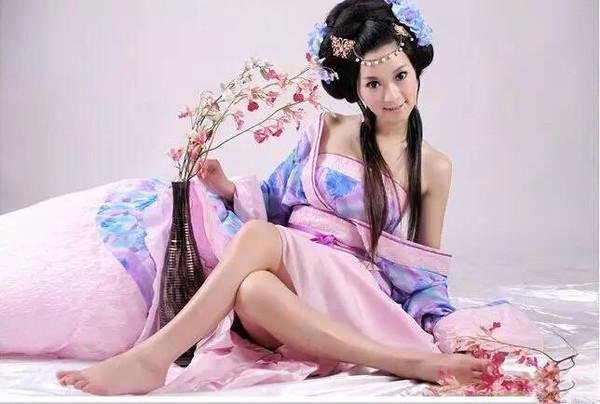 中国古代女性服饰系列篇之三醉美宋服!图片