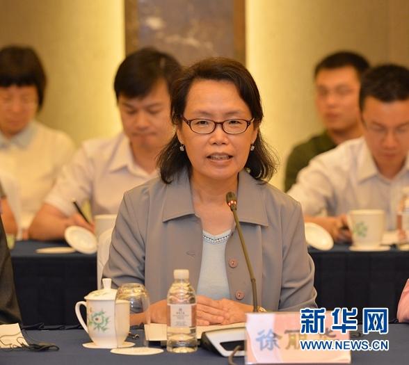 美国世界健康基金会上海办公室总监徐丽华在座谈会上发言。 盛一鸣