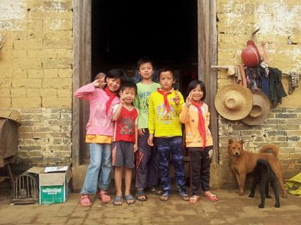 穷困潦倒的图片_探访中国最穷困人口