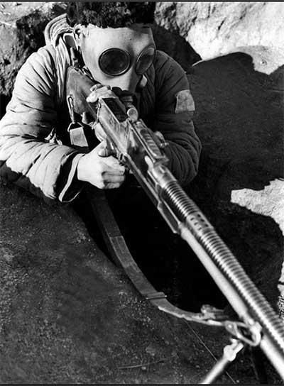 抗日战争时期战地记者方大曾拍摄的照片——抗日战争爆发后绥远军民备战及军事演习