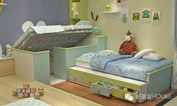 高架床排骨架可上翻,门板向床箱内部开.