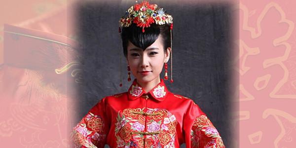 中式新娘发型盘发步骤 注重发型和脸型的搭配图片