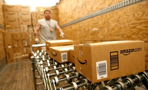 """亚马逊加码""""全球开店"""" 巨头争抢万亿跨境出口市场"""