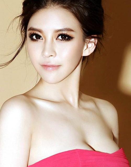 乳房形状揭示女人的性格 你属于哪一种类型 搜