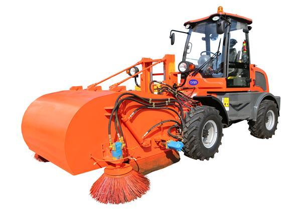 天洁机械生产的道路工程清扫车采用四轮装载机底盘结构和液压转向