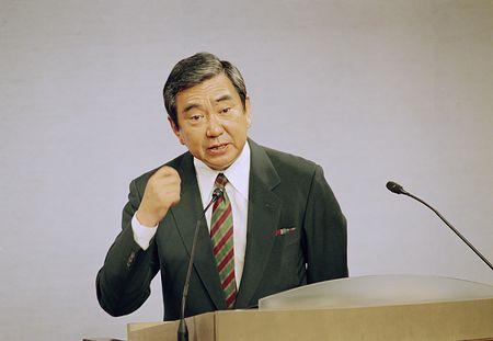 河野洋平谈话_河野洋平呼吁捍卫日本和平宪法 对安保法表担忧-搜狐新闻