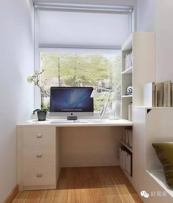 圆弧形窗台书桌
