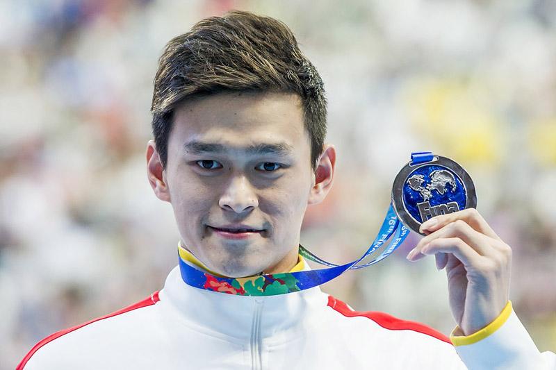 高清:世锦赛孙杨200米自0.06秒惜败 英国选手夺金(组图)