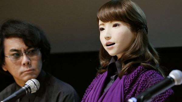日本大学科研团队研发可与人对话美女机器人