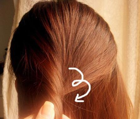 女人头发长了这样扎起来,清爽一个夏天!图片