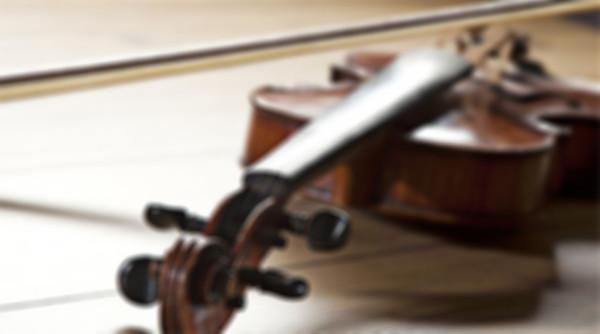 自从有了【Jellynote】,学会作曲 是一个国外的在线乐谱制作、分享