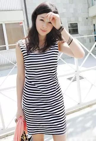 夏季娇小女生穿衣搭配技巧