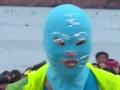 《极限挑战第一季片花》众人沙滩穿脸基尼 孙红雷变高冷女神范