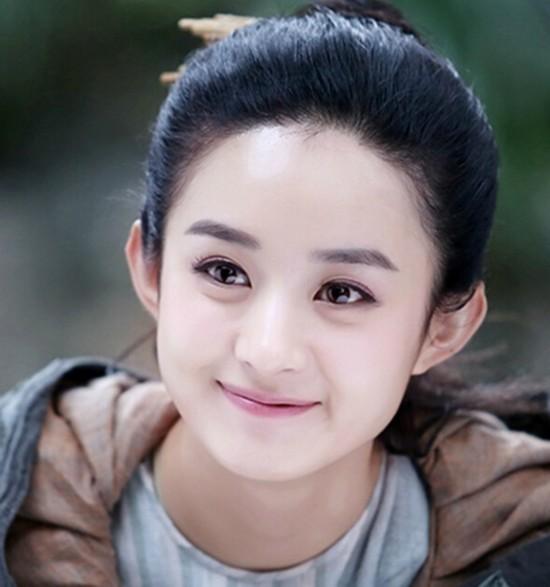 圆脸女明星_回想一下,戚薇,汤唯再到刘亦菲,似乎韩国欧巴更偏向于喜欢圆脸女星.