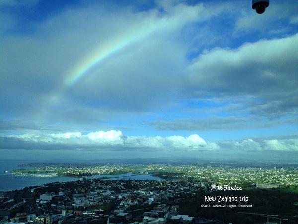 天空出现那一道彩虹_在天空之城等一道彩虹