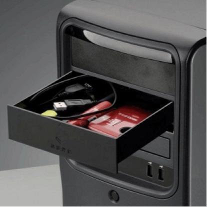 虽然用电脑主机来储物显得不务正业,但是依然有方法可以利用那些硕大的机箱发挥一下余热。