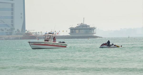 可怜事情发作在迪拜一个泳滩。(香港《明报》网站)