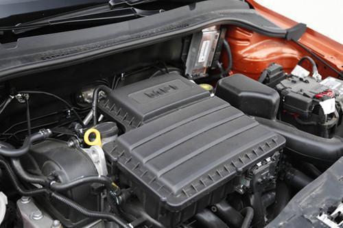 6l发动机最大功率110马力(81kw)/5800rpm,最大扭矩155nm/3800rpm.