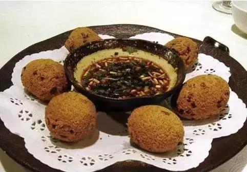罐罐鸡、美食粑、牛打滚遵义猪儿多,都吃美食街普陀山图片