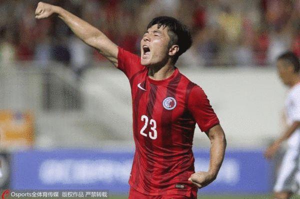中国香港队员在对阵不丹的世预赛比赛中庆祝进球