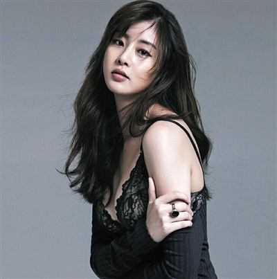 位拥有韩国小姐称号的美女