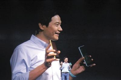 雷军发布红米Note2(图),小米手机雷军老婆如花