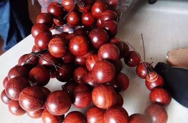 赞比亚血檀能否取代小叶紫檀?图片