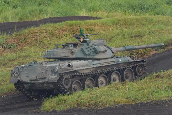 日本军事_本次演习为公开军演,邀请了多家媒体现场拍摄,意在展现日本自卫队军事