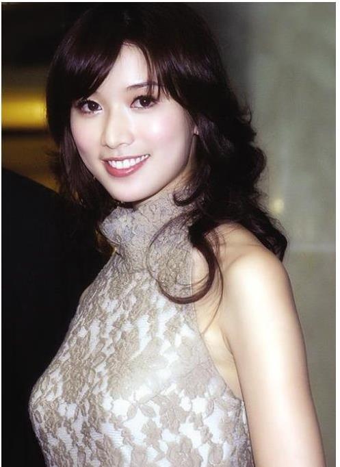 七夕节独自唱情歌的10大单身女神
