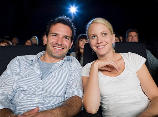 孕妇牲交电影_孕妇可以看电影吗