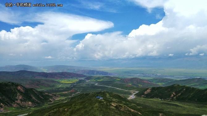 (中兴AXON天机拍摄样张,云卷云舒的天空<b