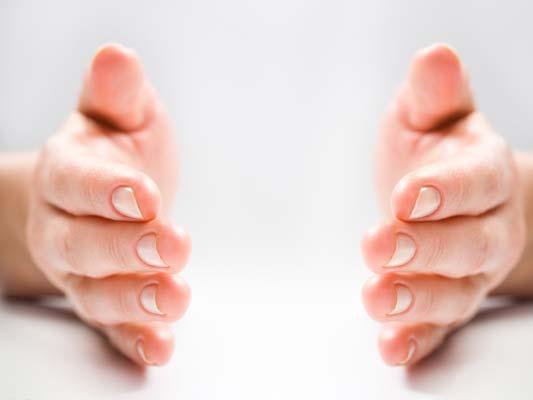 (严重心脏感染)心肌炎,其他心脏疾病,出血性疾病.   2、 指甲易