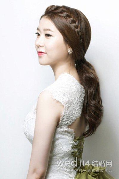 刘海编发新娘发型-韩式婚纱照新娘造型 十六款浪漫发型任你选