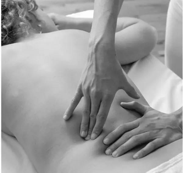 侯马安祺儿 引起女性腰疼的10种妇科疾病 搜狐