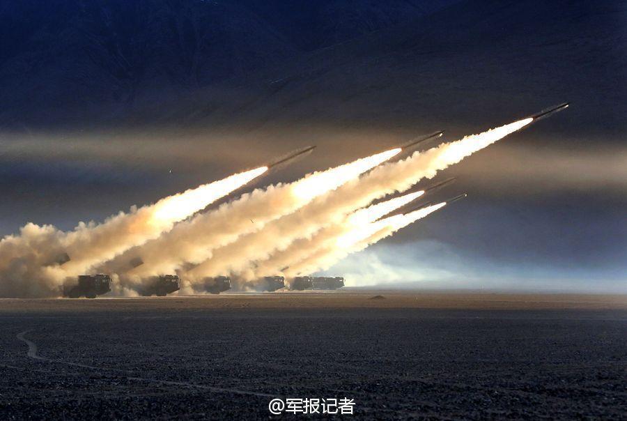 远程火箭炮图片_中、俄、印300毫米远程火箭炮终极PK图中国