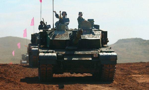 99改式主战坦克视频_振国神器:99大改主战坦克-搜狐军事频道