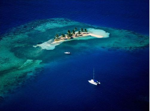 散落在绿松石海岸的悠然小岛