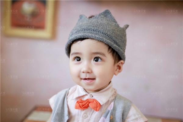 儿童照欣赏:韩范小暖男