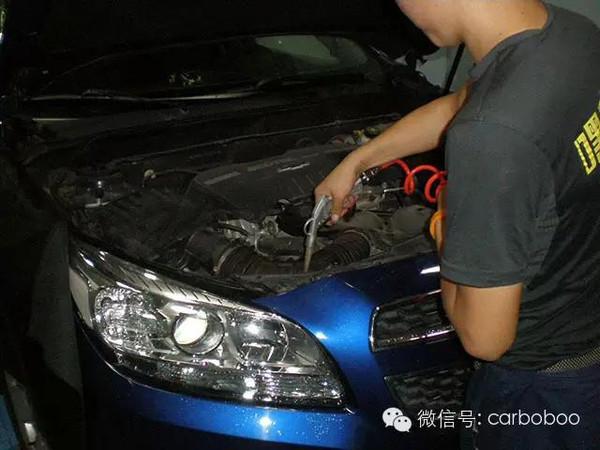 清洁一下   保养完成,再给大蓝蜂洗个澡   检查发动机舱