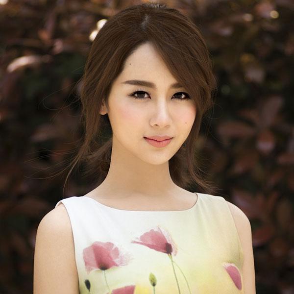 90后男生花旦杨紫完美变身女孩邻家,美翻了!喜欢时尚管女生图片