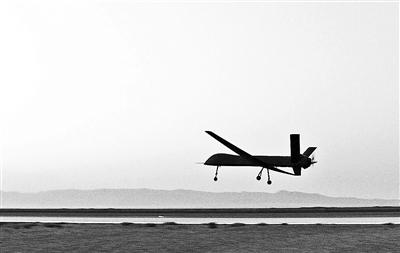 国产高端无人机彩虹5首飞 集成众多尖端科技图片