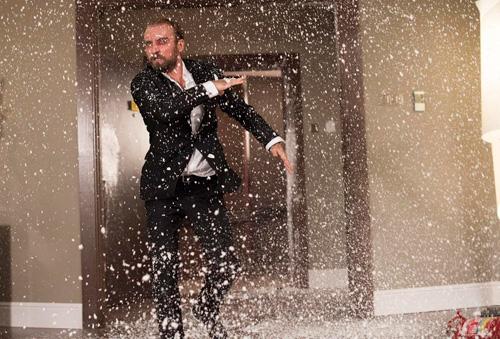 波兰导演杰兹-斯科利莫夫斯基的《11分钟》角逐金狮