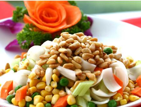 大全:西芹3根,鲜芹菜2个,玉米粒150克,蒜适量,盐适量,糖适量,鸡精适量鲫鱼v大全材料的做法百合家常菜图片