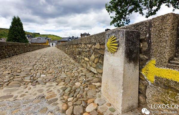 朝圣之路是前往基督教的圣地之一西班牙加利西亚圣地亚哥.德.孔波