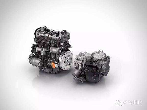 后尘,2.0T发动机小心脏拉大车高清图片