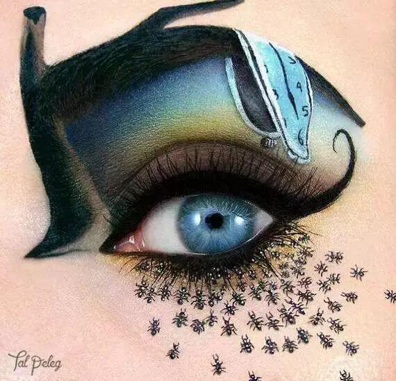 眼睛上的手绘可爱插画 萌值爆表!