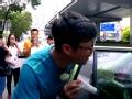 《极限挑战第一季片花》第十期 王迅防晒霜抵车费完成任务 颜王地铁不忘拍照