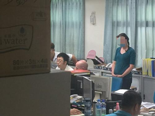 两名美籍甲士由嘉义县竹崎警分局留置侦讯。(台湾结合新闻网)