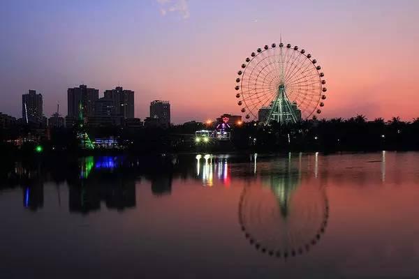 台山市华侨文化广场一游